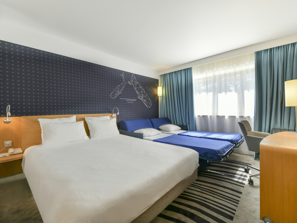 https://www.accorhotels.com/0965